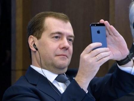 Медведев не нарушает