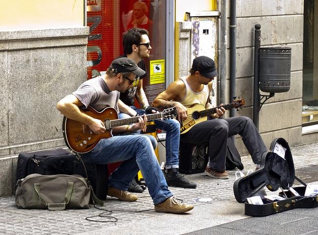 Уличные музыканты Испании