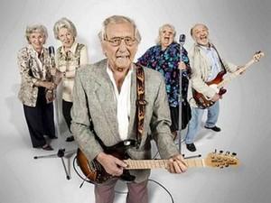 музыка помогает пожилым людям