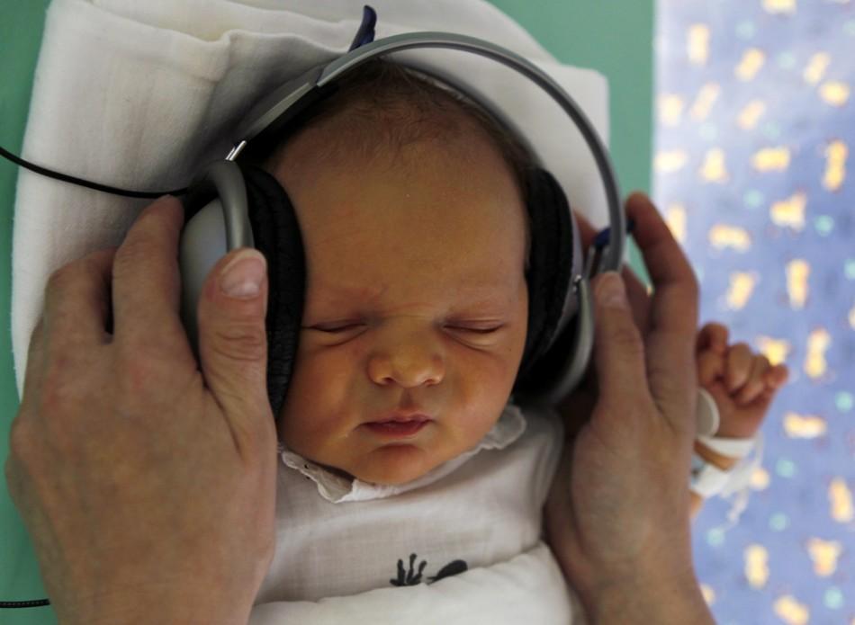 Музыкальная терапия применяется для новорожденных