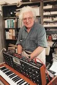 Мир звука в маленькой коробке. История синтезатора