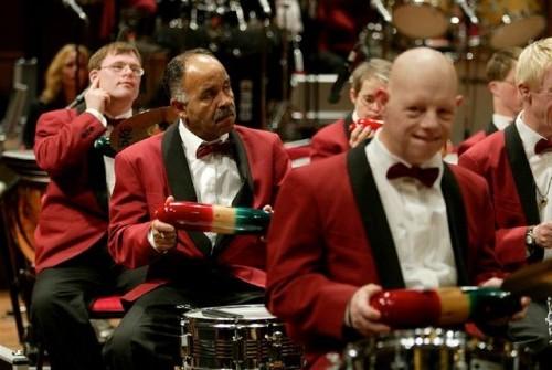 Josti band Orchestra – обычная музыка от необычных людей