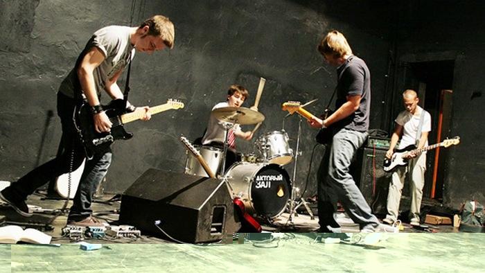 Группа Mooncake запишут новый альбом за счет поклонников