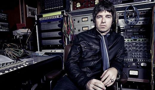 Ноэль Галлахер надеется еще на один альбом от Дэвида Боуи