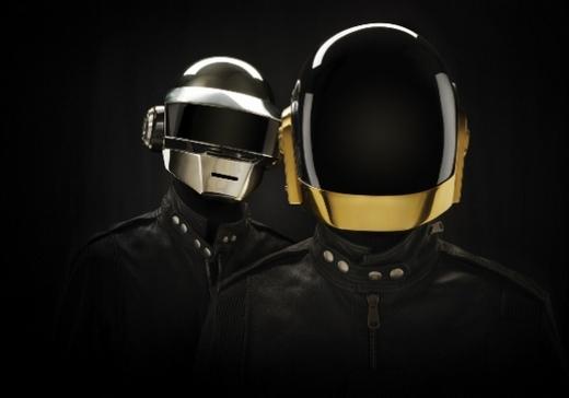 Daft Punk сыграют песни с нового альбома