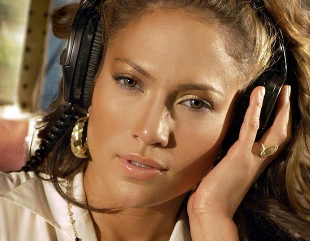Дженнифер Лопез поведала детали о своем новом альбоме