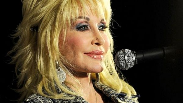 Dolly Parton завершает запись гей-альбома