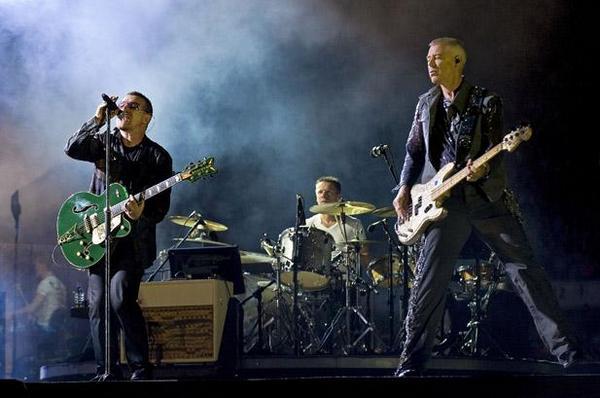 Выход новой пластинки U2 уже не за горами