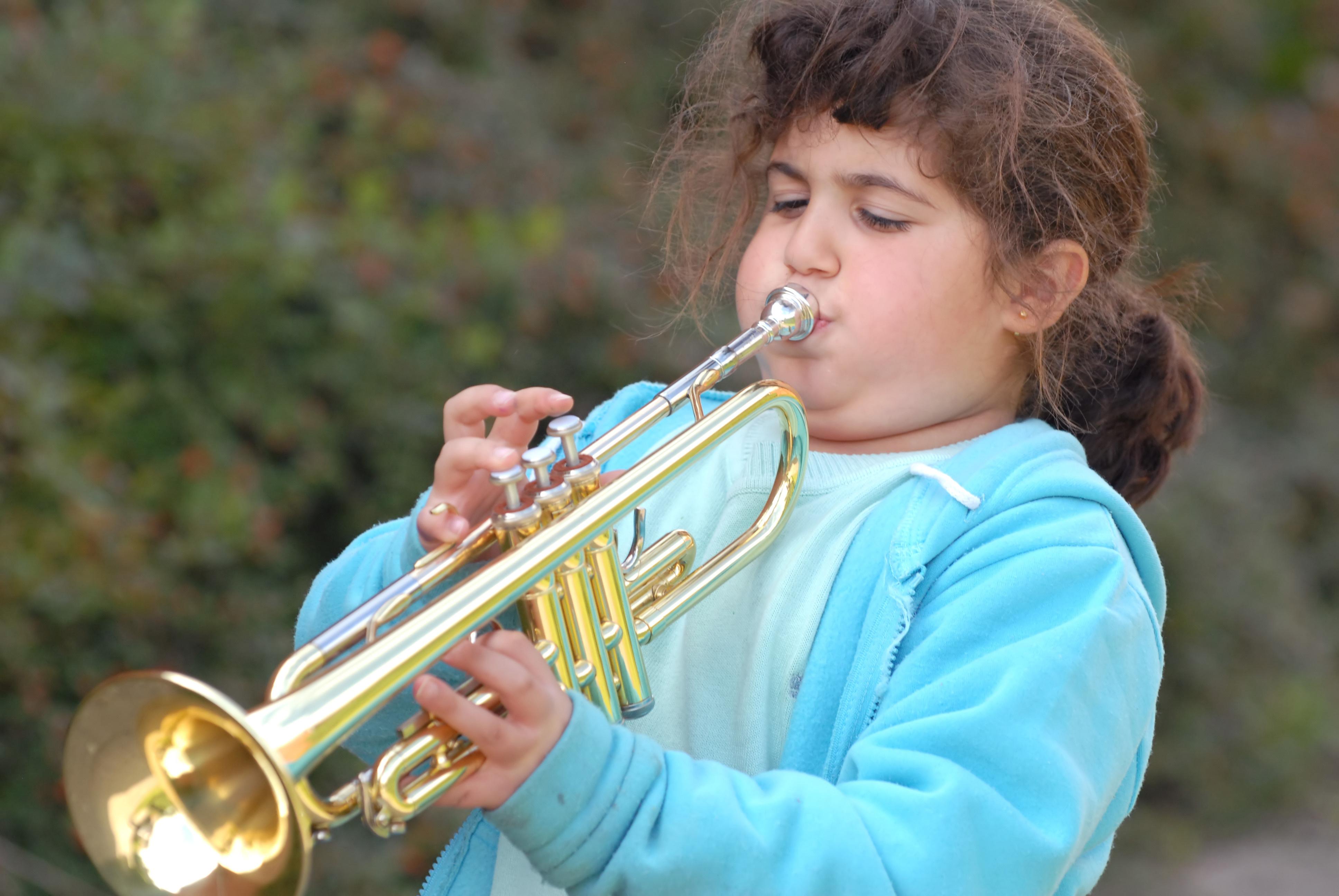 Игра на духовом инструменте поможет вылечить астму